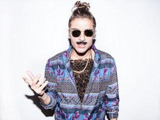Movember%20pott.jpg?ixlib=rails 2.1
